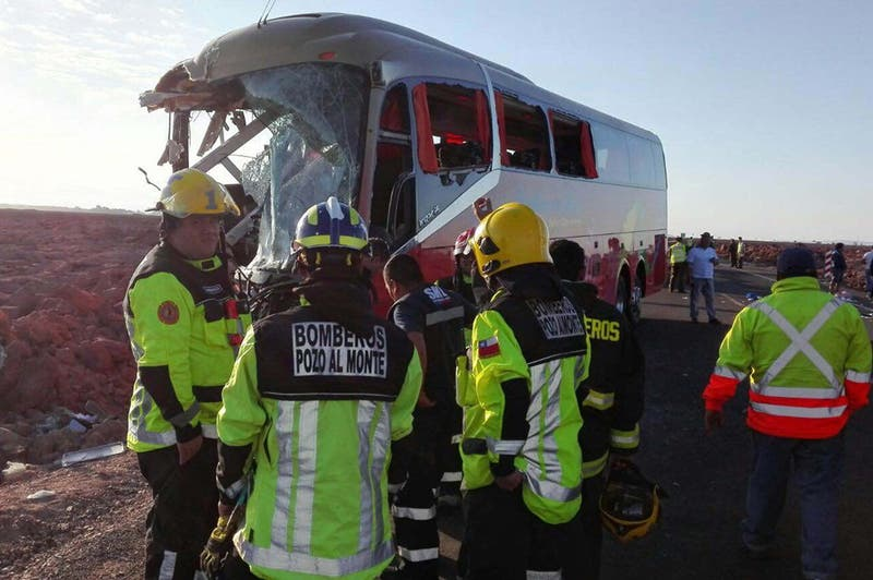 Choque carretero múltiple deja seis muertos en Ruta 5 Norte