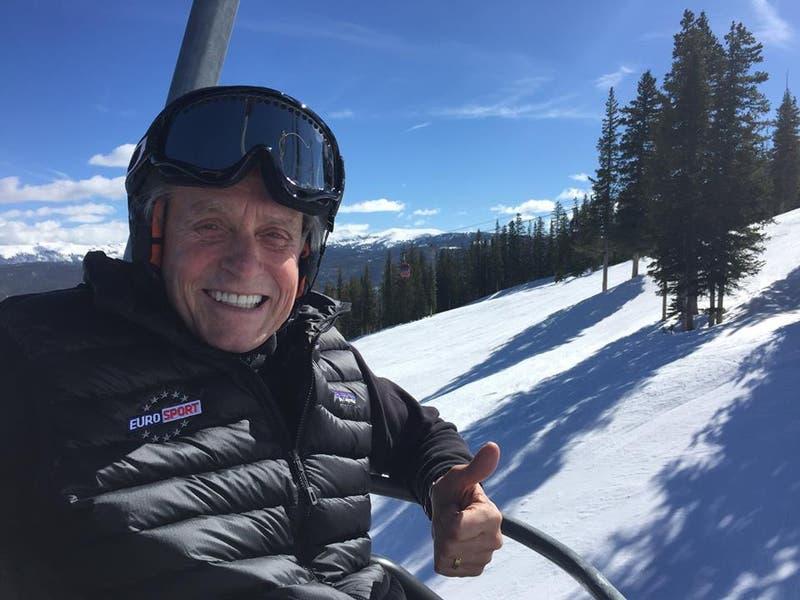 Michael Douglas disfrutando de sus vacaciones