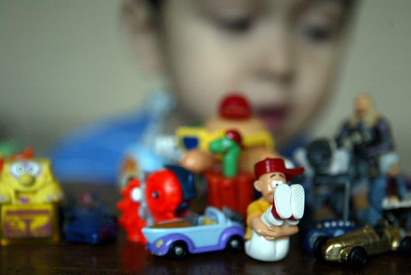 Niño de cinco años encontró metanfetamina al interior de su Kinder Sorpresa
