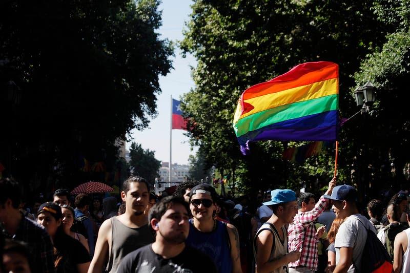 Diputados piden acelerar matrimonio igualitario