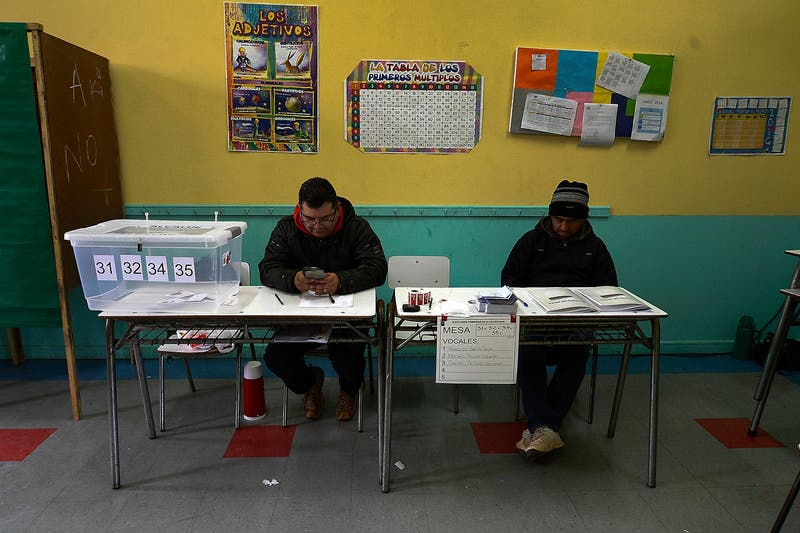Vocales de mesa: 210 mil personas trabajarán en las municipales