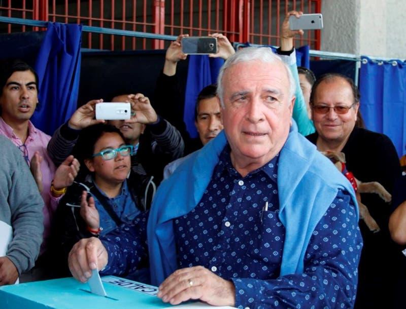Andrés Zhari