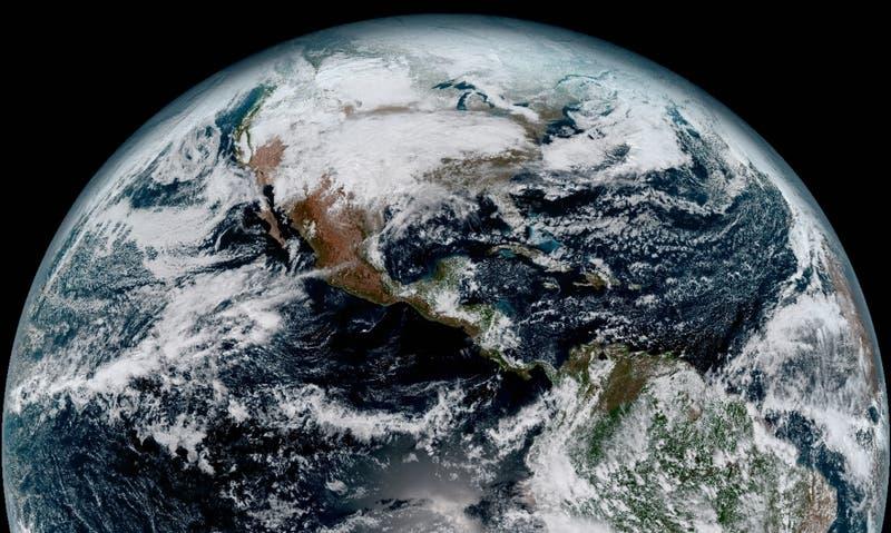 Nuevo satélite fotografía en HD a la Tierra, la Luna y a Chile