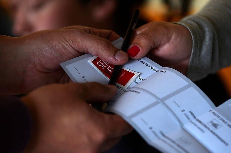 Ley de cuotas debutará en las parlamentarias 2017