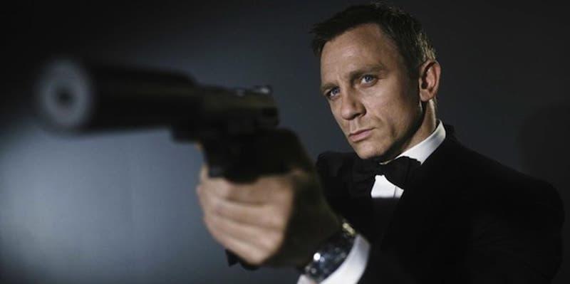 Daniel Craig está casi listo para seguir como James Bond