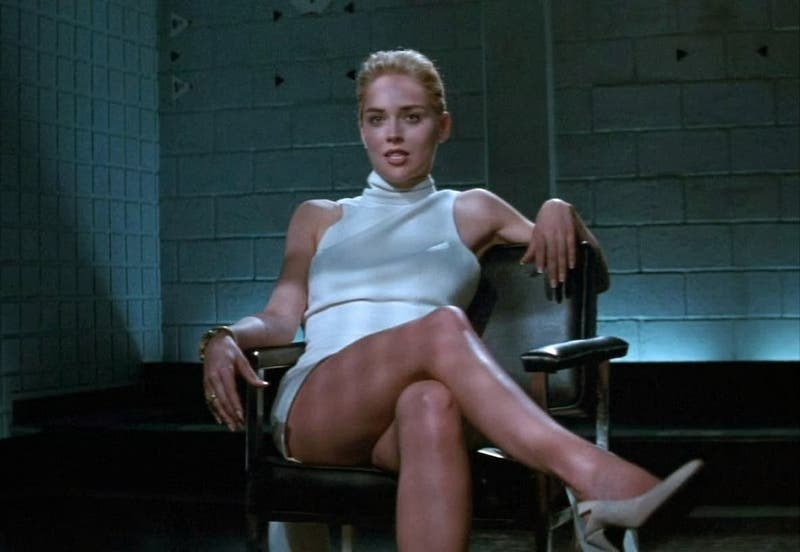 """Sharon Stone y su look para """"Bajos instintos"""""""
