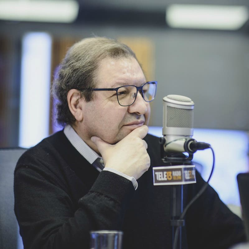Ascanio Cavallo recibe el Premio Nacional de Periodismo 2021