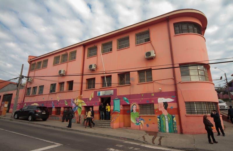 Sename destituye a 9 funcionarios investigados por negligencia y malos tratos en Cread Playa Ancha