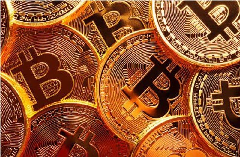 Bitcoin supera los 48 mil dólares: así funciona esta criptomoneda