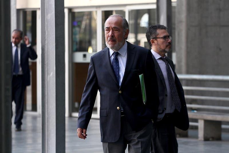 Frande en Carabineros: Ex jefe de finanzas es reformalizado en masiva audiencia
