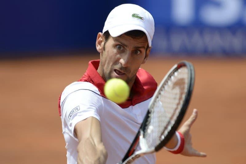 [VIDEO] Djokovic cae ante 140° del mundo en su debut en el Torneo de Barcelona