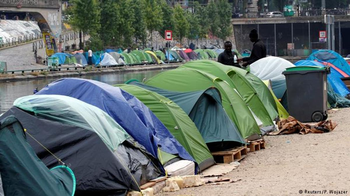 Flüchtlinge In Paris