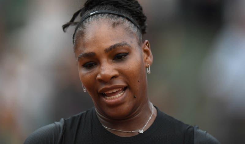 [VIDEO] Serena Williams se retira de Roland Garros por lesión antes de su duelo con Sharapova