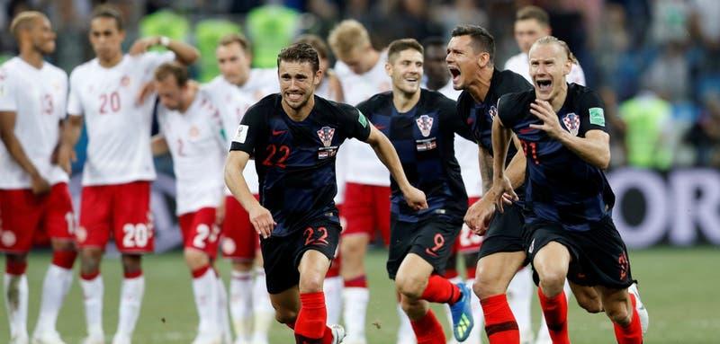 [VIDEO] En disputada definición Croacia vence en penales a Dinamarca y avanza a cuartos de final
