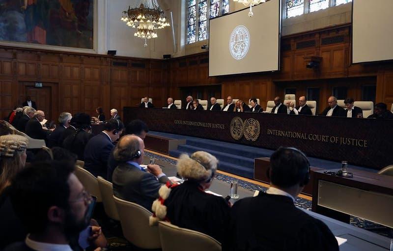 Ex abogado en juicios limítrofes es elegido como nuevo embajador de Chile ante La Haya