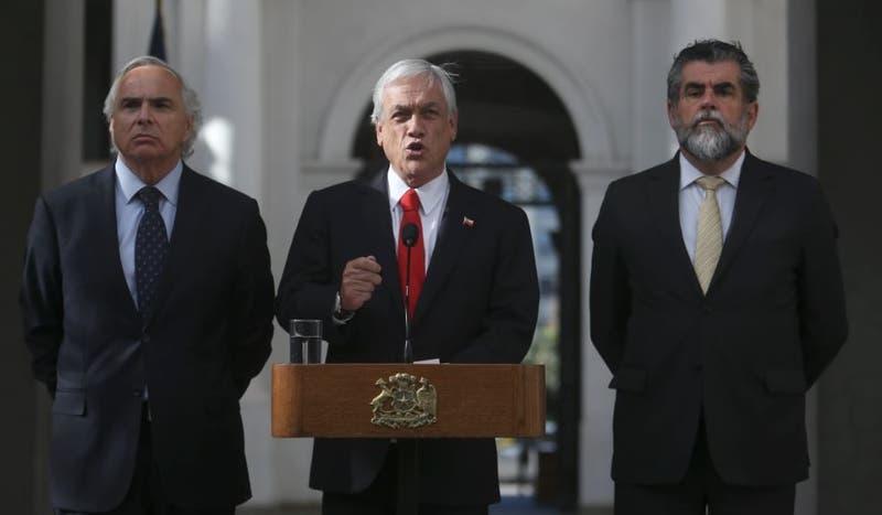 Argumentos de Piñera para informar salida de Soto Carabineros