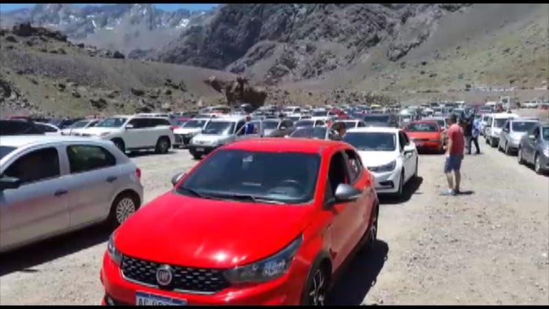 [VIDEO] Kilométrico taco en paso Los Libertadores