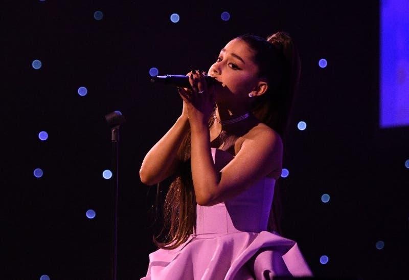 El insólito tuit de la NASA por el nuevo hit de Ariana Grande