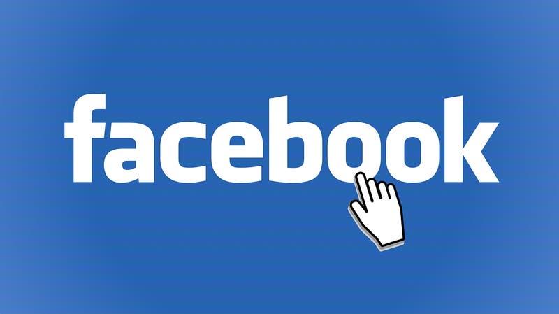 La curiosa razón por la cual el logo de Facebook es azul