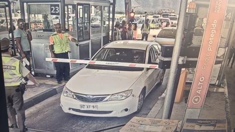 Conductor en estado de ebriedad quiso evitar control policial y rompió barrera de peaje Angostura