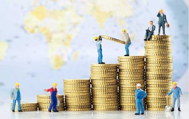 Sueldos más altos de Chile se concentran en ventas y finanzas