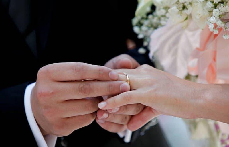 """El curioso aviso que ofrece """"oponerse a tu boda"""" por 370 mil pesos"""