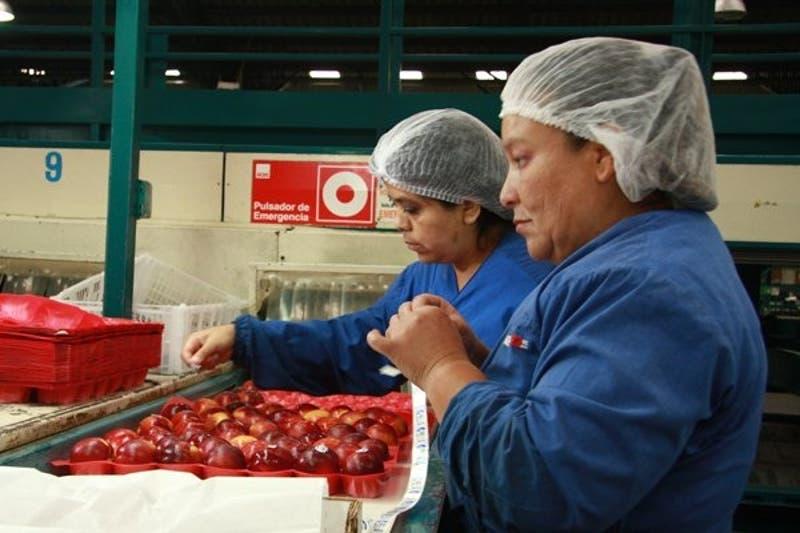 "Empresarios resaltan ""mayor compromiso"" de extranjeros"