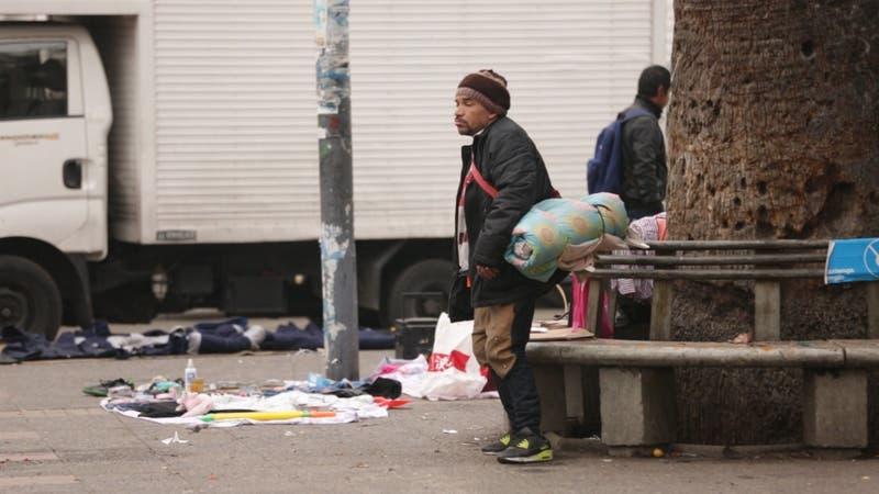 Vivían en la calle y ahora tienen casa propia