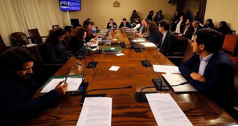 Comisión de Educación vota Admisión Justa en general
