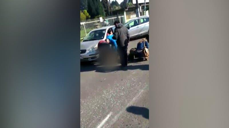 Dos Carabineros fueron atropellados en Temuco