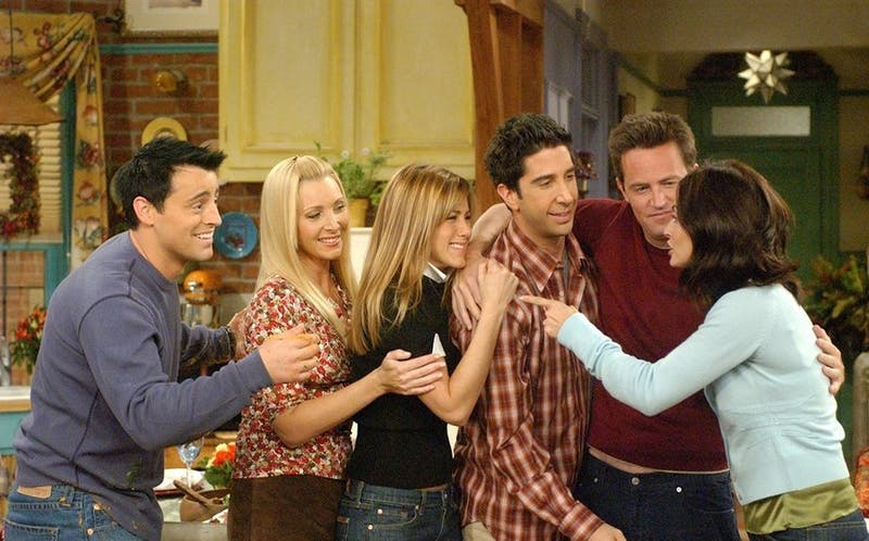"Jennifer Aniston revela la verdadera historia detrás de la viralizada foto de ""Friends"""