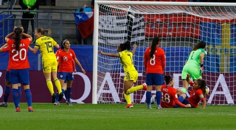 Chile cae ante Suecia en un interrumpido debut en el Mundial Femenino de Francia 2019