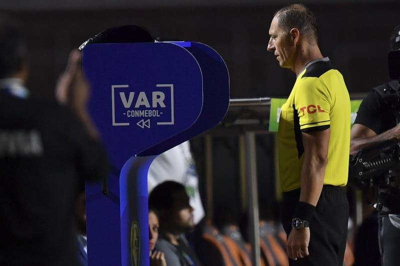 Chile-Colombia en Copa América: arbitra Néstor Pitana