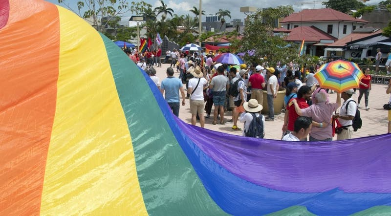 Lenin Moreno reconoce fallo que da luz verde al matrimonio homosexual en Ecuador