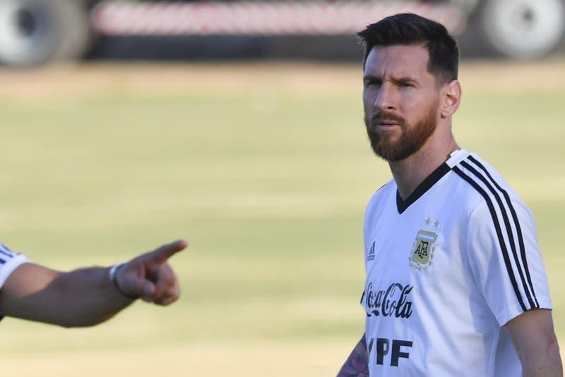 Bombas de ruido y llamadas en la mañana: Así fue la noche de la Selección de Argentina