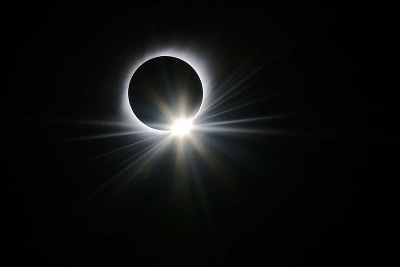 [FOTO] NASA destaca fotografía del eclipse total de sol en la región de Coquimbo