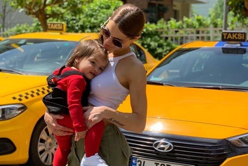Gala Caldirola relata la odisea que vivió con su hija para llegar a Brasil y ver a Mauricio Isla