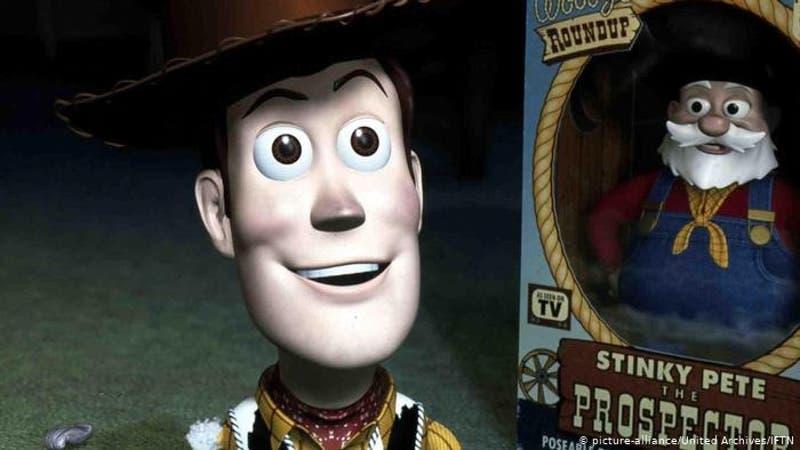 Disney elimina escena de Toy Story 2 por acoso sexual