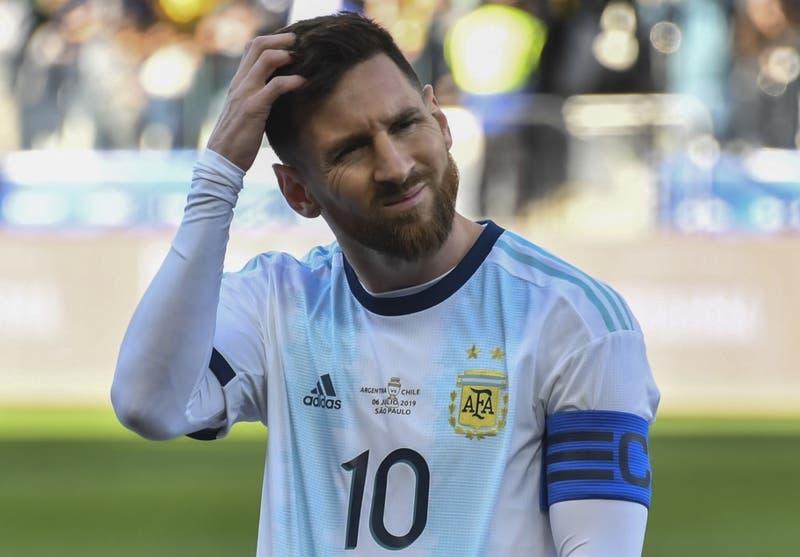 Lionel Messi atribuye la expulsión frente a Chile a sus dichos contra la Conmebol