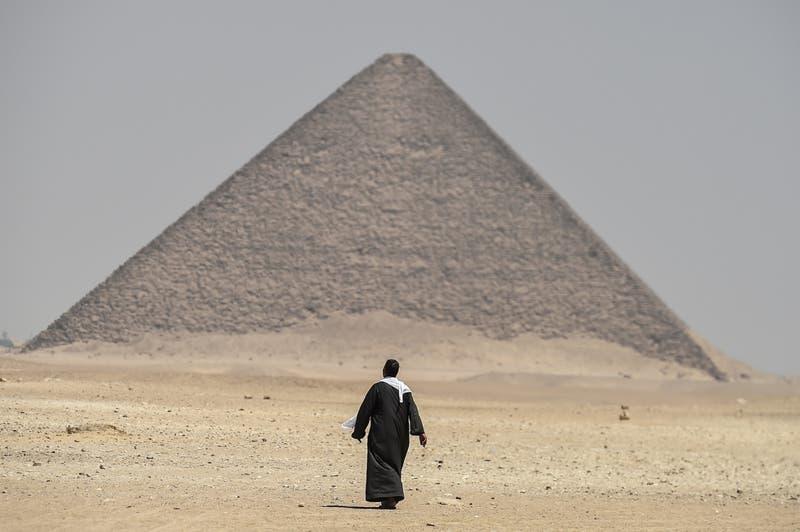 [VIDEO] Egipto abre al público dos nuevas pirámides y revela impresionantes momias