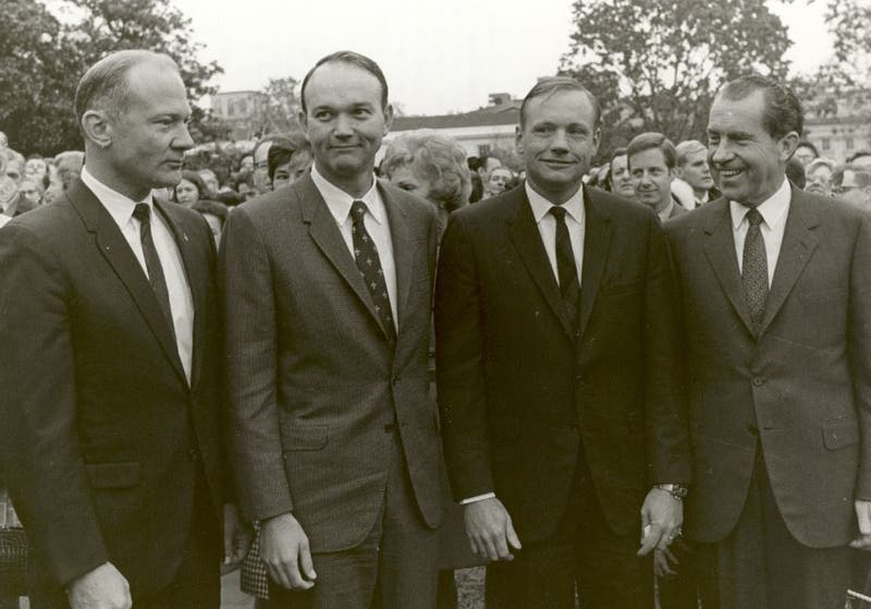 Astronautas del Apolo 11 con Richard Nixon