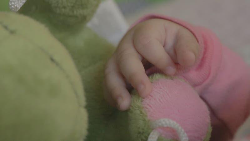 Recién nacida es abandonada por su madre en el Hospital El Carmen de Maipú