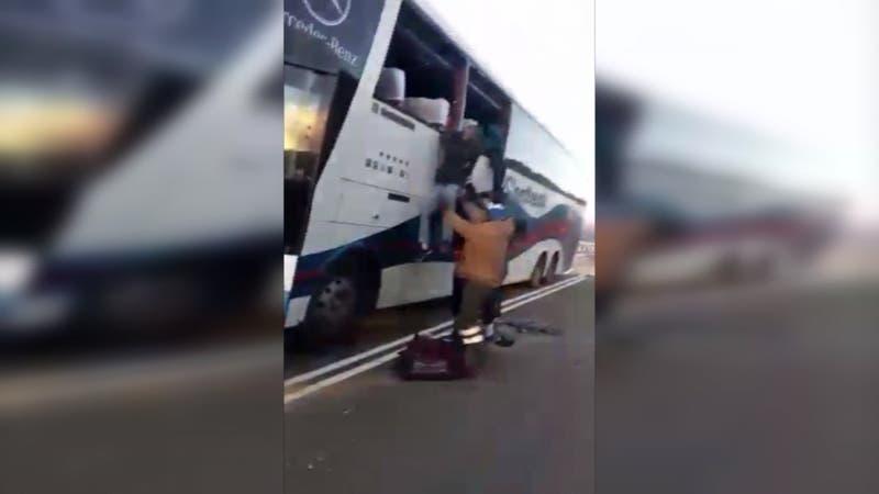 [VIDEO] Un muerto y 29 heridos de diversa consideración tras choque de bus con un camión en Arica