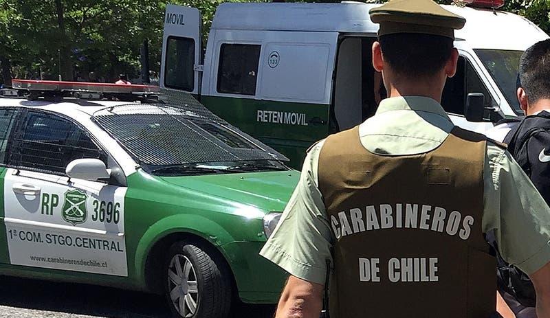 """Carabineros responde tras detenciones por torturas: """"Esperamos erradicar este tipo de conductas"""""""