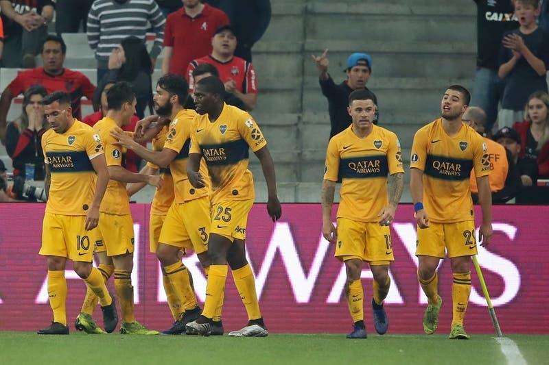 Boca Juniors ganó a Atlético Paranaense que perdió un penal al último minuto por Copa Libertadores