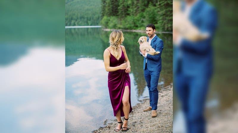 [FOTOS] La insólita propuesta de matrimonio que tuvo como protagonista a un perro