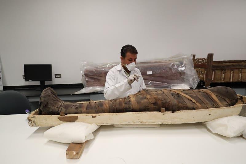 [FOTOS] Así es la restauración del sarcófago de Tutankamón en Egipto
