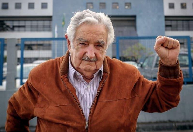 Ex presidente Mujica aboga por acceso al mar para Bolivia por Río de la Plata