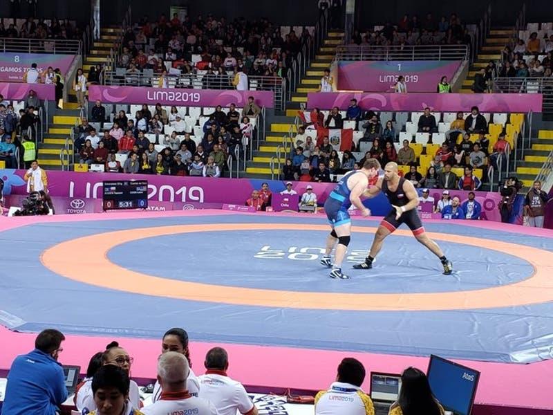 Yasmani Acosta en lucha grecorromana y Mary Dee Vargas en judo le dan dos nuevos bronces a Chile