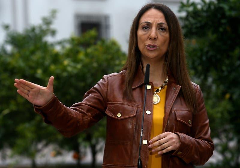 """Gobierno agudiza críticas y califica de """"malo y populista"""" proyecto de 40 horas laborales"""